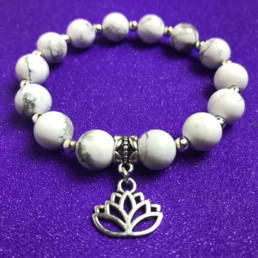 Lotus and Howlite Bracelet - NIA 9
