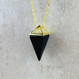 Onyx pyramid gold necklace