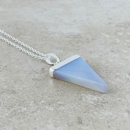 Necklace opalite triangle 1