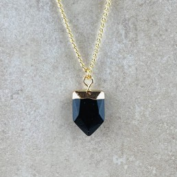 Onyx shield necklace1
