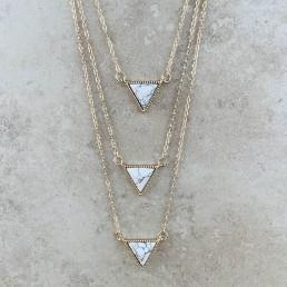 Howlite triple triangle1